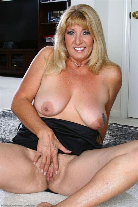 photos of nude older ladies jpg 800x1200