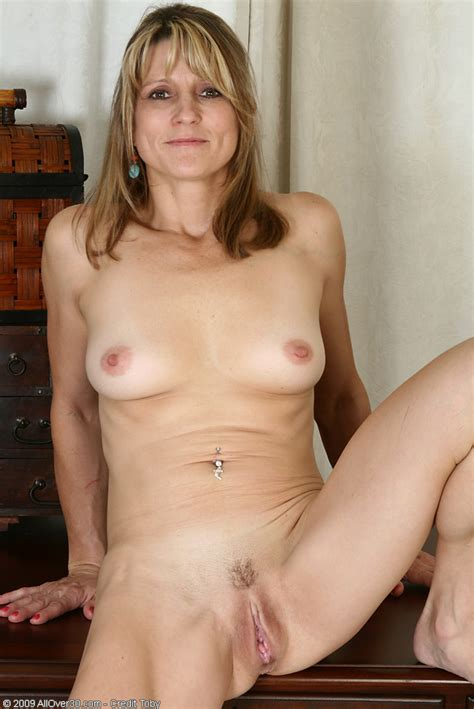 photos of nude older ladies jpg 684x1024